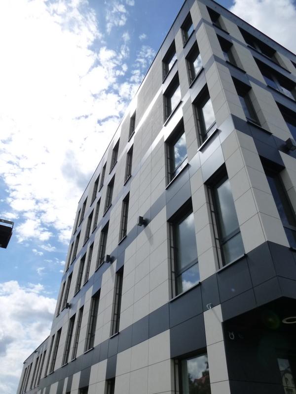geodeta - budynek biurowy